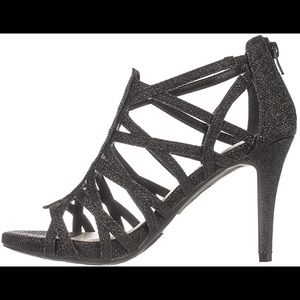 NEW Fergalicuous by Fergie Hattie Heels